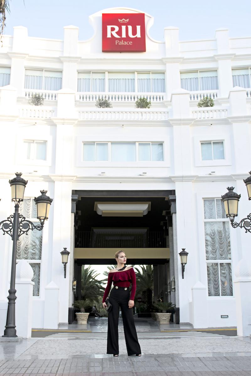 pantaloni a palazzo eleganti
