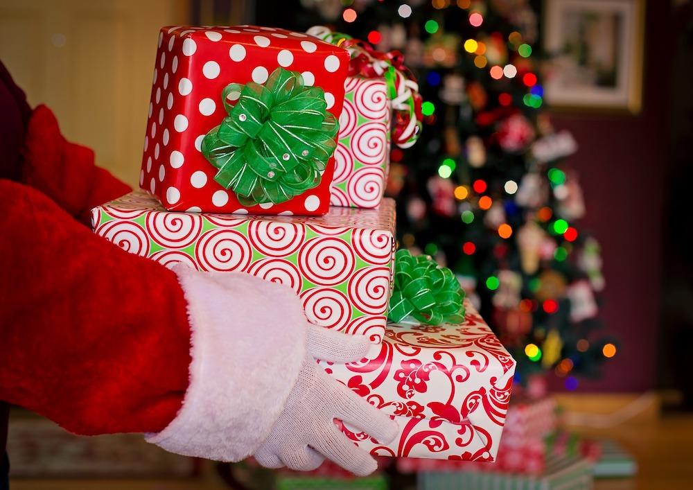 Idee Regalo Natale Poco Prezzo.Idee Regalo Natale X Lui X Lei X I Parenti Le Amiche E